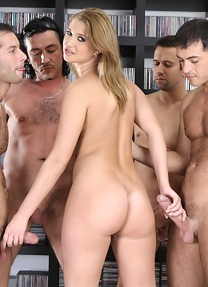 Big Booty Gangbang Porn Pictures