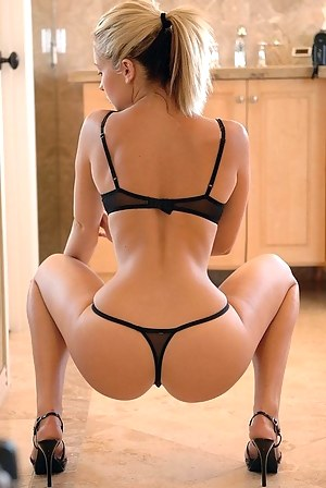 Big Booty Perfect Body Porn Pictures