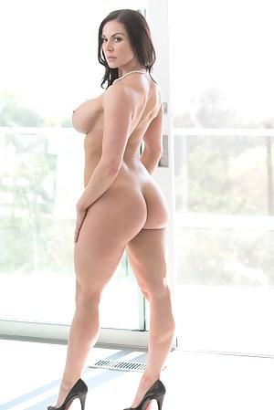 Big Booty Pornstar Porn Pictures