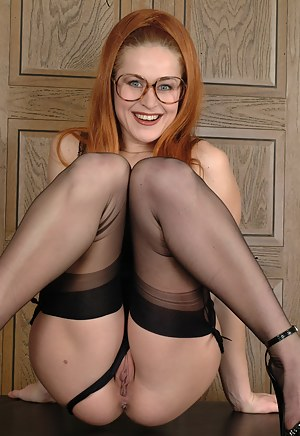 Big Booty Glasses Porn Pictures